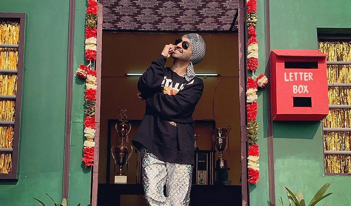 GULABI PAGG LYRICS – Diljit Dosanjh feat. Neha Sharma